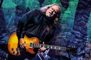 A Night With - Warren Haynes @ Charles R. Wood Park